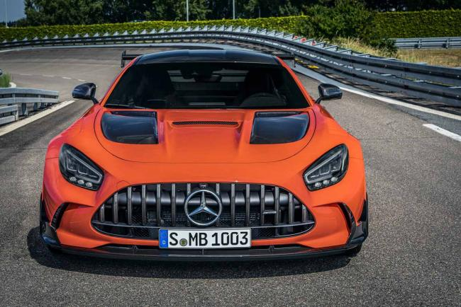 Exterieur_mercedes-amg-gt-black-series-le-prix-de-l-exclusivite_1