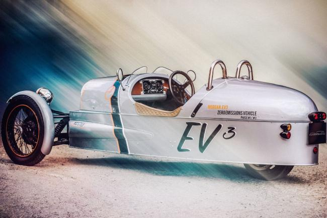 Ev3 concept la morgan three wheeler electrique a goodwood