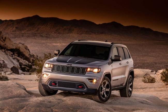 Le jeep grand cherokee trailhawk se montre en avance