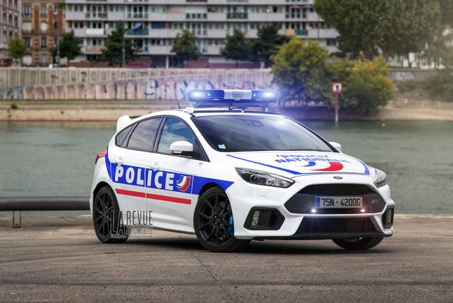 Des ford focus rs pour la police nationale