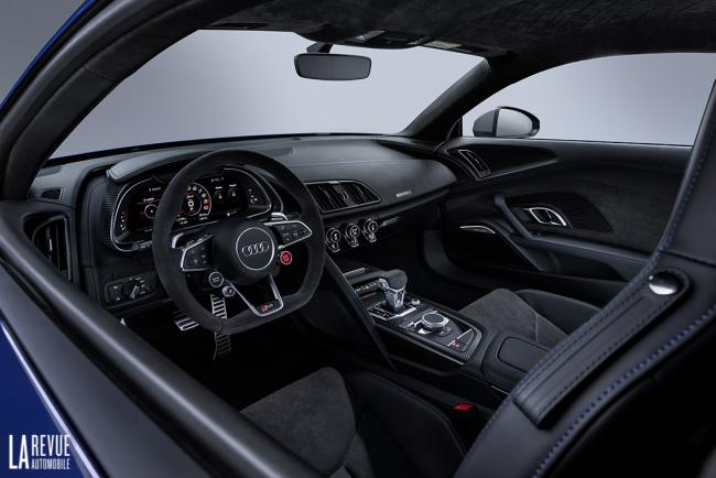 Interieur_Audi-R8-Facelift-2019_22
