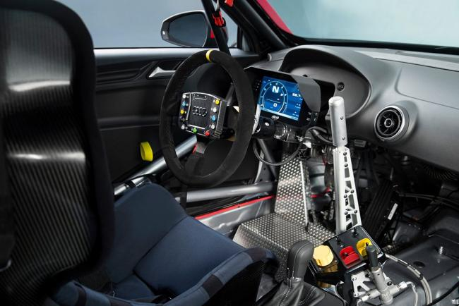 Interieur_Audi-RS3-LMS_8