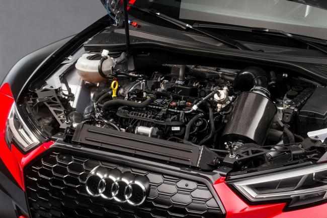 Interieur_Audi-RS3-LMS_7