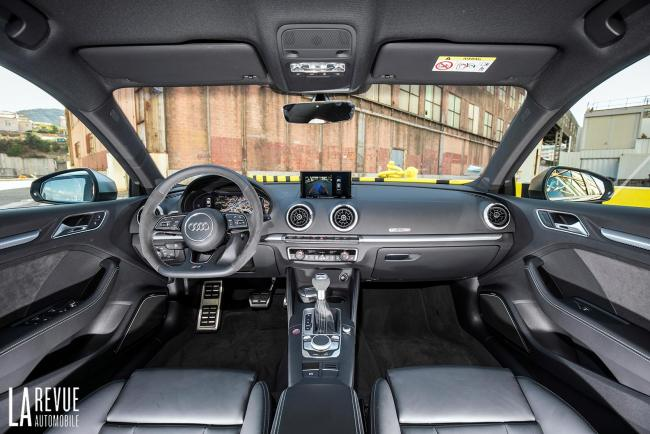 Interieur_Audi-RS3-Sedan-2017_37