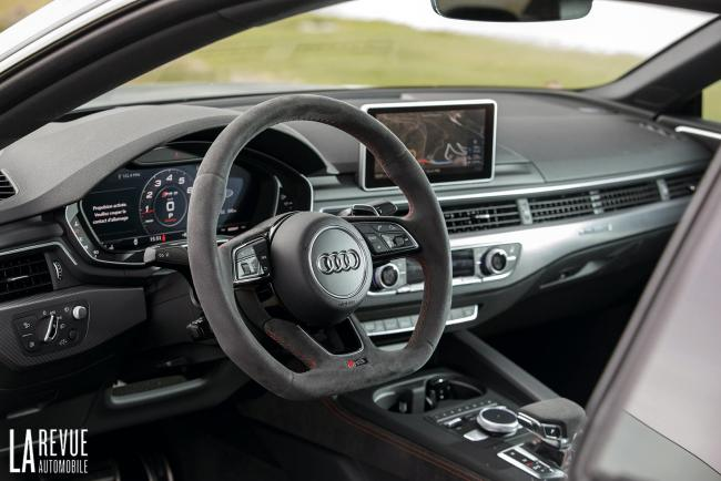 Interieur_Audi-RS5-V6_42