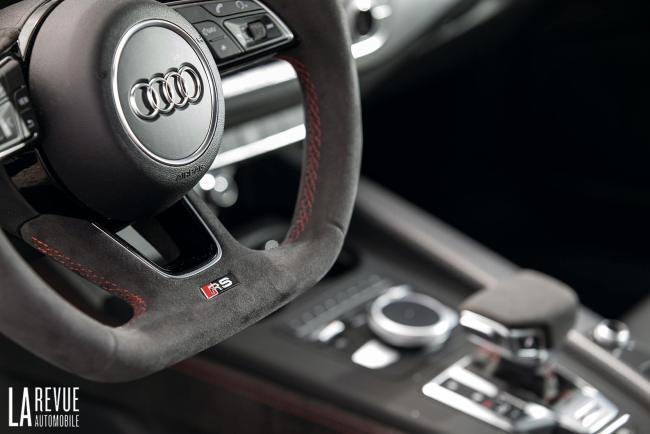 Interieur_Audi-RS5-V6_40
