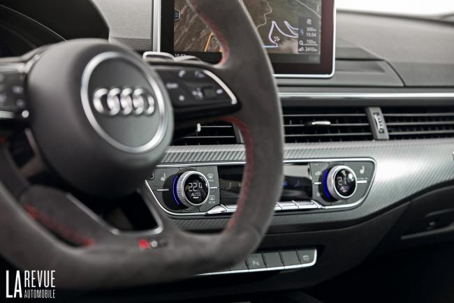Interieur_Audi-RS5-V6_36