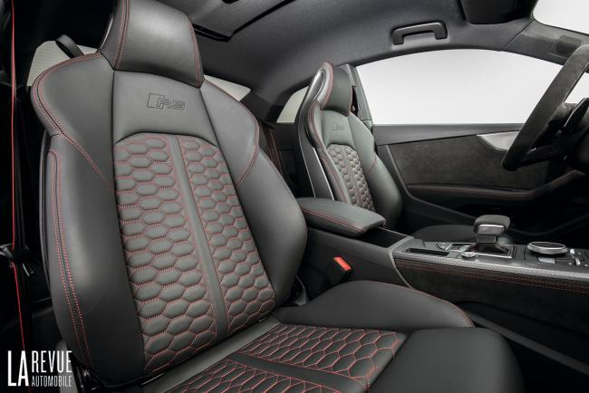 Interieur_Audi-RS5-V6_47