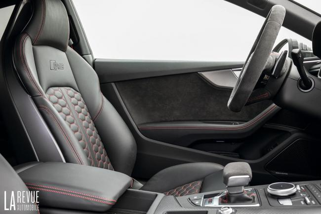 Interieur_Audi-RS5-V6_38
