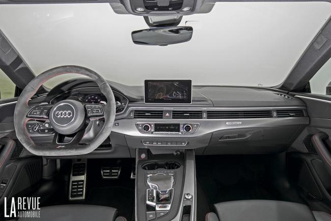 Interieur_Audi-RS5-V6_39