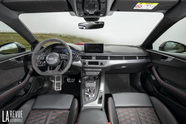 Interieur_Audi-RS5-V6_43