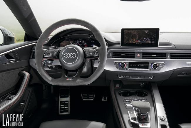 Interieur_Audi-RS5-V6_44
