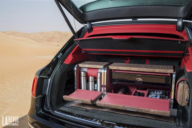 Interieur_Bentley-Bentayga-Falconry_25
