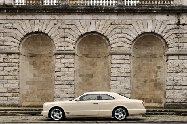 Exterieur_Bentley-Brooklands_27