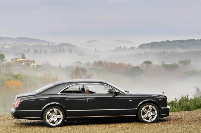 Exterieur_Bentley-Brooklands_0