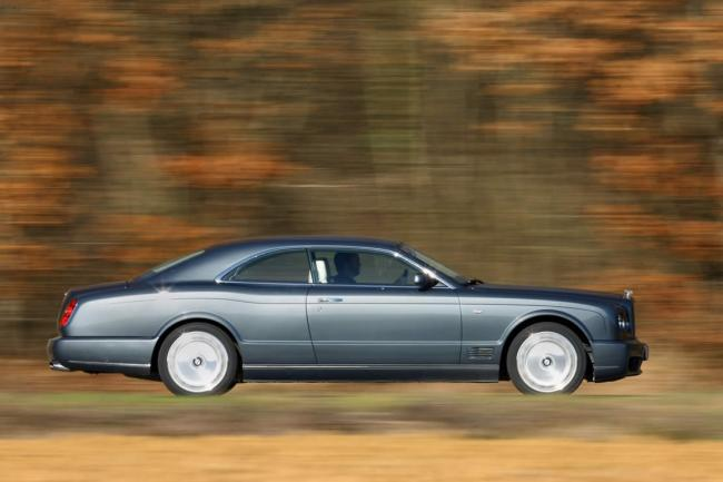 Exterieur_Bentley-Brooklands_10