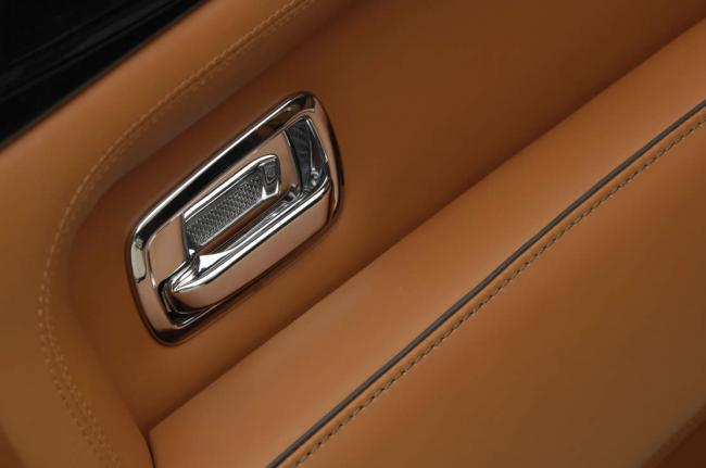 Interieur_Bentley-Brooklands_57