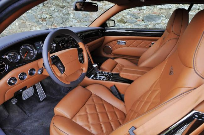 Interieur_Bentley-Brooklands_61