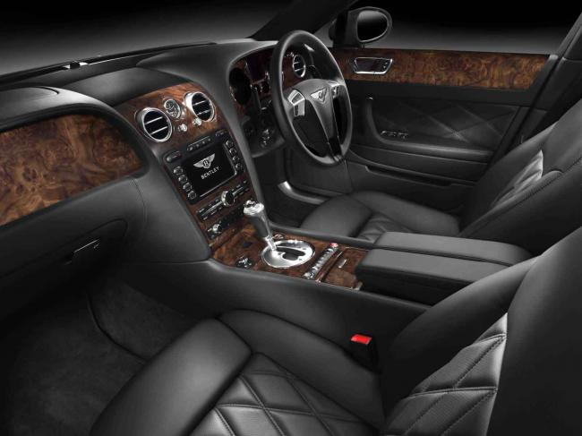 Interieur_Bentley-Continental-Flying-Spur-Speed-2009_7