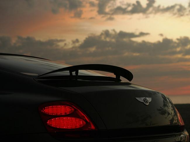 Exterieur_Bentley-Continental-GT_11