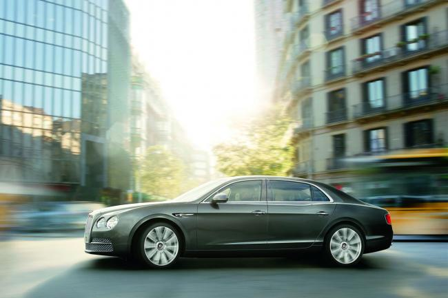 Exterieur_Bentley-Flying-Spur_4