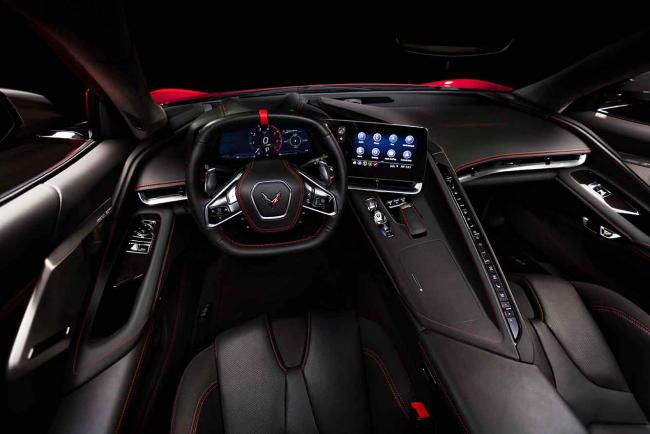 Interieur_corvette-stingray-c8-la-1er-corvette-a-moteur-arriere_0
