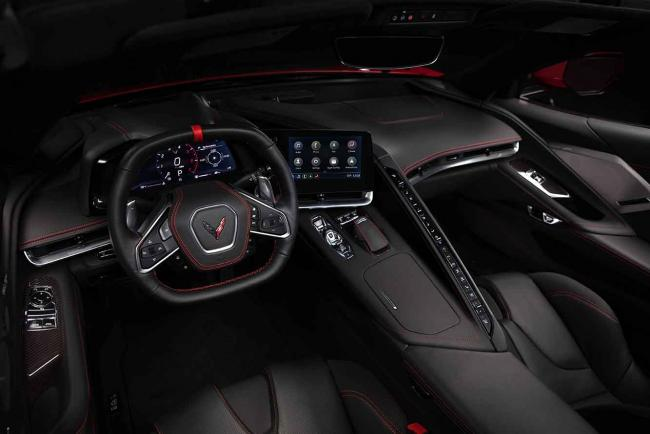 Interieur_corvette-stingray-c8-la-1er-corvette-a-moteur-arriere_1