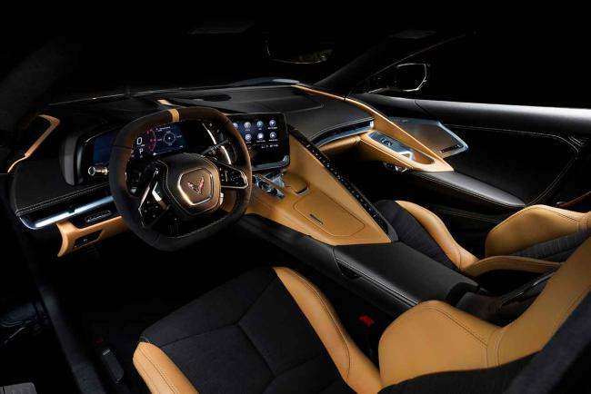 Interieur_corvette-stingray-c8-la-1er-corvette-a-moteur-arriere_4