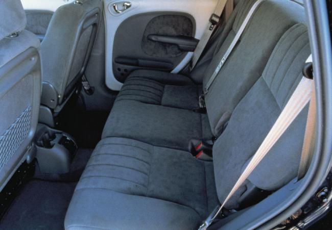 Interieur_Chrysler-Pt-Cruiser_19