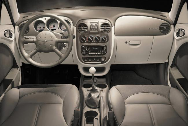 Interieur_Chrysler-Pt-Cruiser_20