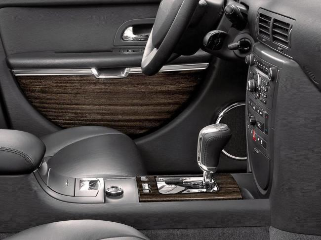 Interieur_Citroen-C6_42