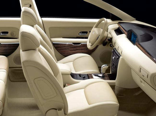 Interieur_Citroen-C6_54