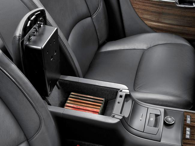 Interieur_Citroen-C6_47