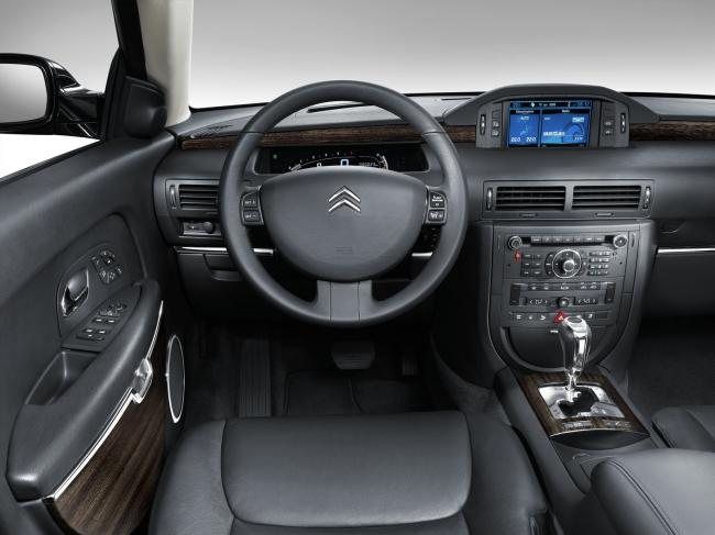 Interieur_Citroen-C6_53