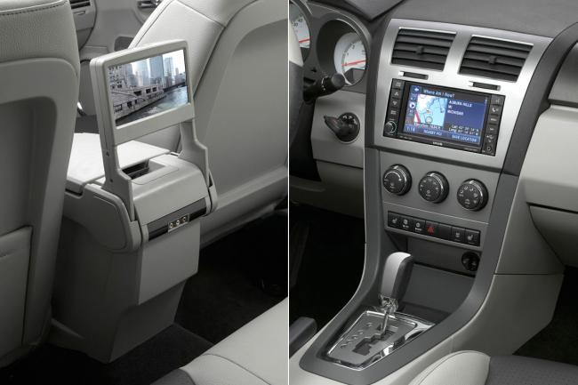 Interieur_Dodge-Avenger_32