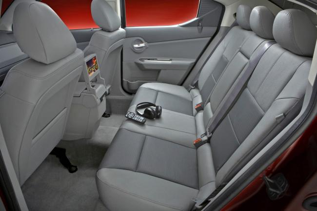 Interieur_Dodge-Avenger_31