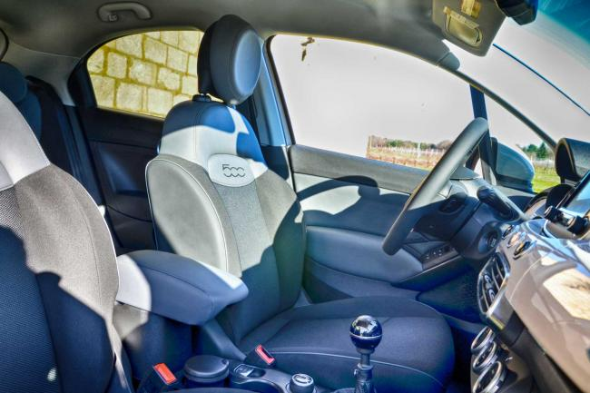 Interieur_Fiat-500X-Lounge_27