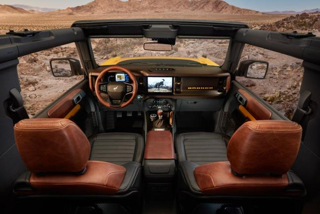 Interieur_ford-bronco-2021_2