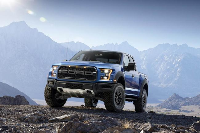 Exterieur_Ford-F150-Raptor-2015_0