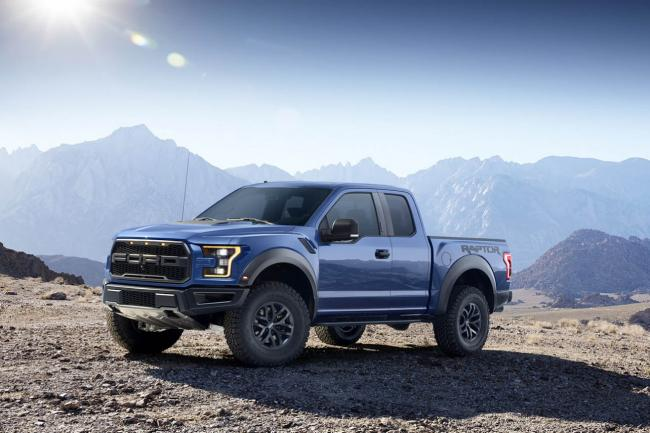 Exterieur_Ford-F150-Raptor-2015_5