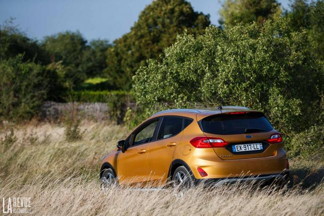 Exterieur_Ford-Fiesta-Active-SUV_1