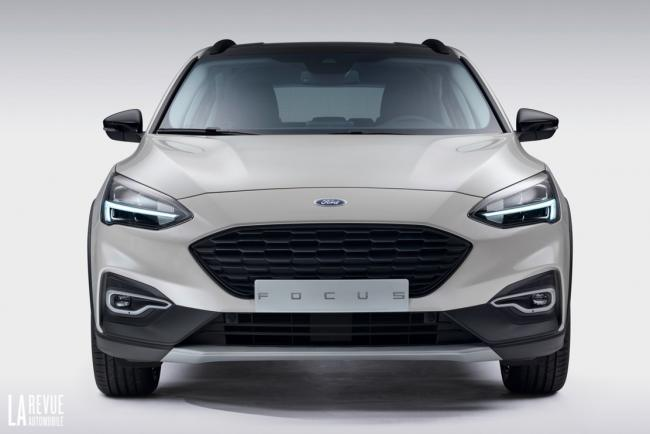 Exterieur_Ford-Focus-Active-2018_13