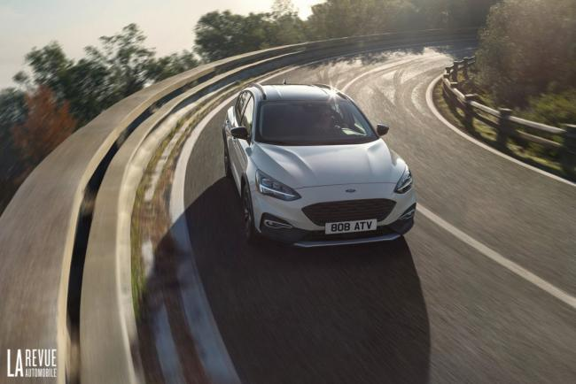 Exterieur_Ford-Focus-Active-2018_7