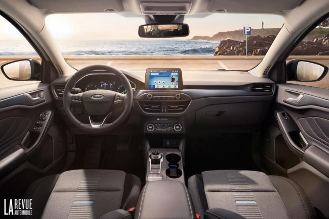 Interieur_Ford-Focus-Active-2018_22
