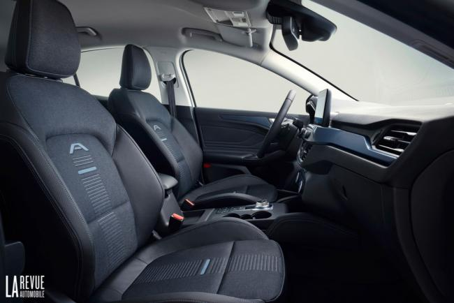 Interieur_Ford-Focus-Active-2018_20