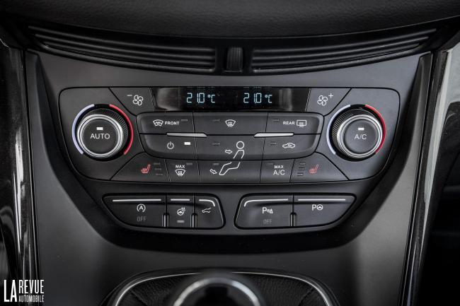 Interieur_Ford-Kuga-2017_16