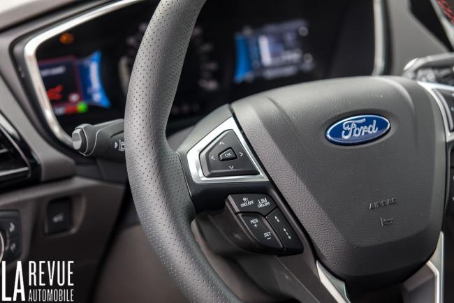 Interieur_ford-mondeo-hybrid-sw_6
