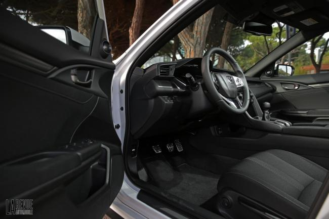 Interieur_Honda-Civic-1.5-iVtec-2017_28