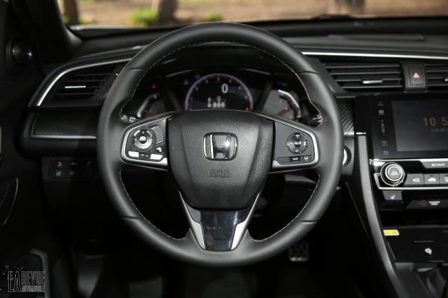 Interieur_Honda-Civic-1.5-iVtec-2017_32