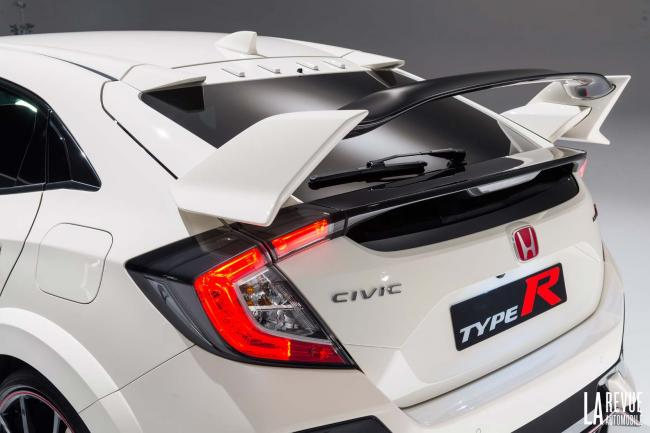Exterieur_Honda-Civic-X-Type-R_2